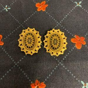 Vintage Gold filigree Black Enamel Earrings '50's